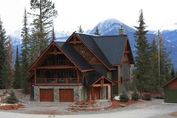 Примеры оригинальных горных коттеджей