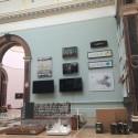 Ведущие архитекторы Come Together, в лондонском районе Летняя выставка архитектуры номере.  Изображение предоставлено Королевской академии искусств
