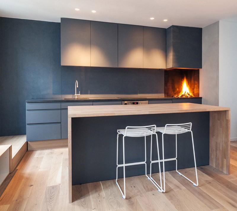 Открыть дровяной камин в кухне