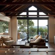 Дизайн интерьеров коттеджа. Гостиная, выход на террасу