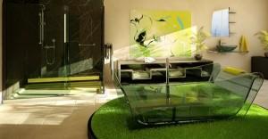 Прозрачная ванная из стекла в интерьере коттеджа