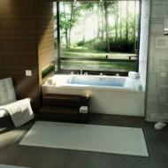 Ванна у окна дизайн интерьера фото с сайта http://www.ecotectura.ru/ строительство и архитектура коттеджей.