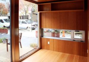 Дом из грузового контейнера транспортного; вид внутри