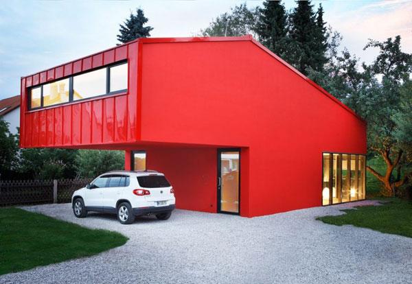 Проект небольшого продуманного дома немецких архитекторов