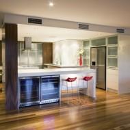 Дизайн кухни. Открытая большая просторная