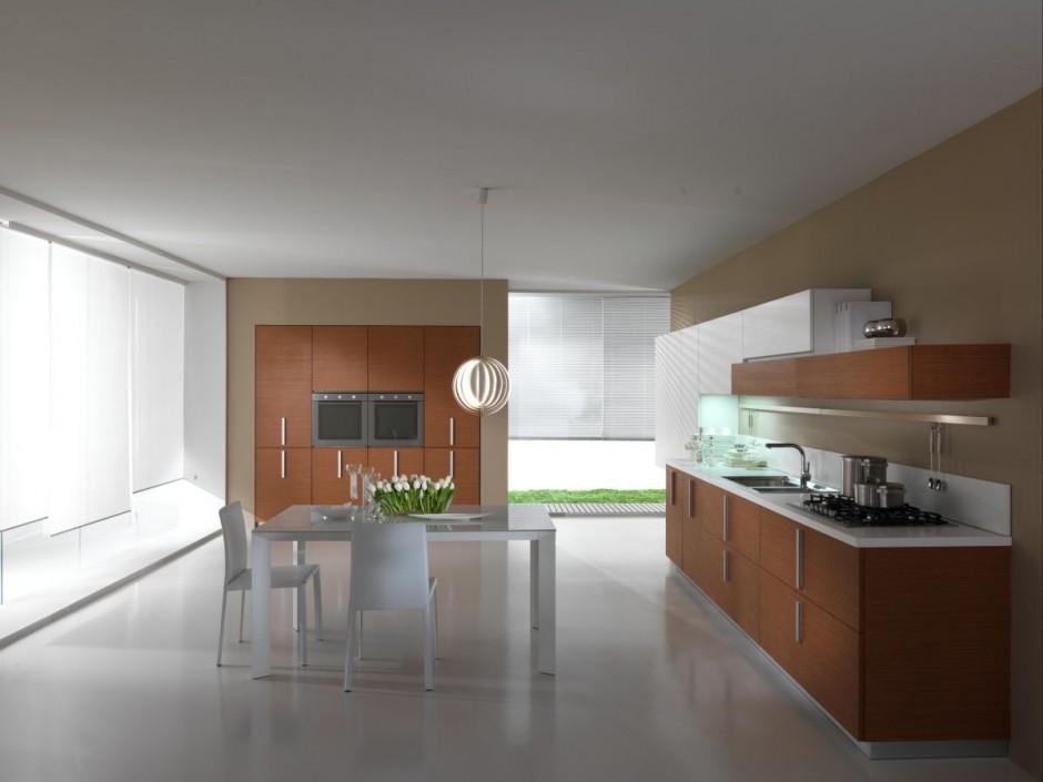 Светлая просторная кухня в коттедже. Дизайн кухни