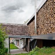 Старый деревянный дом в современный коттедж