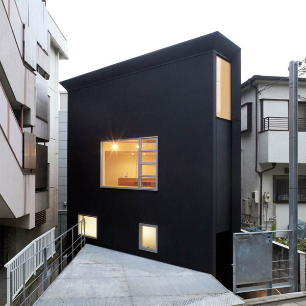 Современная японская малоэтжная городская архитектура