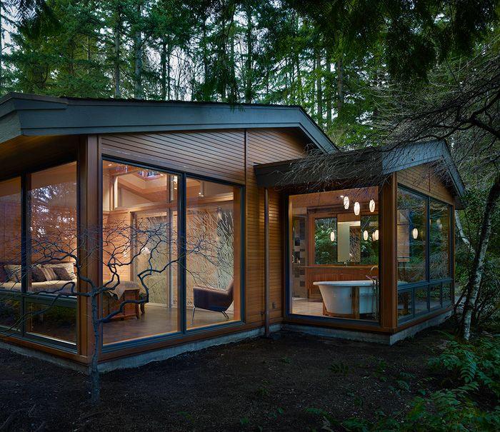 Переделка мини-коттеджа дома в лесу