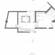 План много уровнего коттеджа с расположением зон и комнат