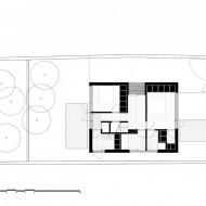 План 2-этажного коттеджа с показом жилых помещений