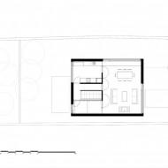 Схема расположения комнат в коттедже