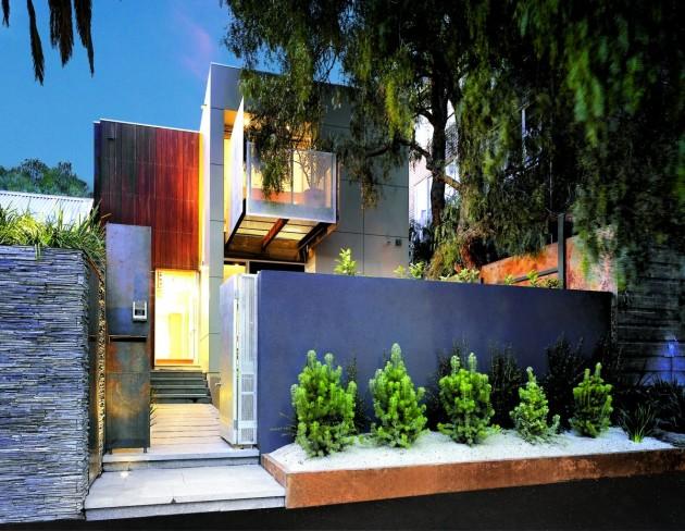 Проект городского коттеджа на небольшом участке