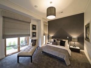 Пример интерьера спальни в коттедже