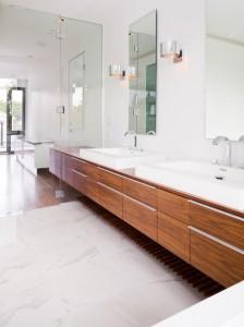 Дизайн ванной комнаты в современном коттедже