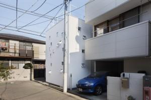 Частный японский дом в городской среде