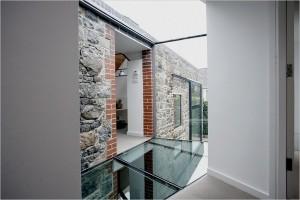 Застекленные галереи соединяющие различные жилые зоны