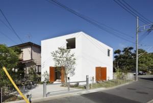 Проект современного коттеджа в черте города