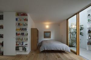 Спальня в городском частном доме фото