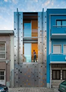 Оригинальные решения для городского коттеджа