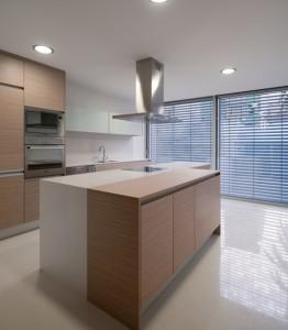 Кухня в частном городском доме