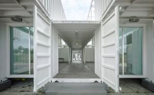 proekt-doma-iz-morskih-konteynerov-02